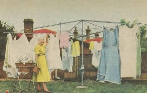 Hills Hoist clothes line 1955 from Women's Weekly magazine.