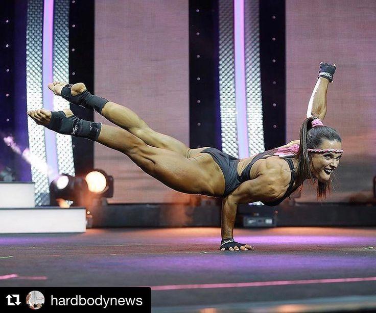 "Oksana Grishina (@oksanagrishina) en Instagram: ""❤️ Thank you!  #Repost @hardbodynews ・・・ One of the greatest #fitness competitors to grace the…"""