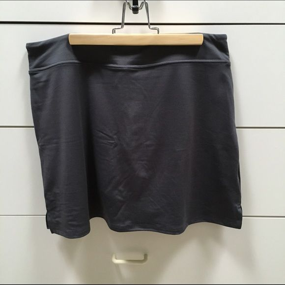 Gray athletic stretchy skort Super cute athletic skort made with stretchy cool fabric!! Never been worn!! Lululemon tag for exposure only! Ⓜ️ lululemon athletica Shorts Skorts