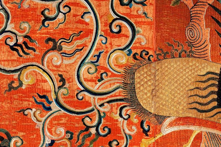 Detail of embroidered silk wall hanging with Fenghuang bird by Anonymous from China, 17th century (PD-art/old), Muzeum Łazienki Królewskie (MLK), from the collection of Izabela Lubomirska in Łańcut Castle