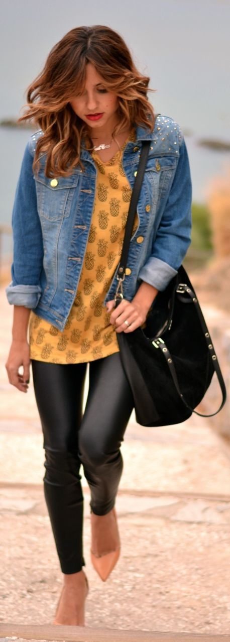 Pepaloves Pineapples  by Just Coco => Click to see what she wears