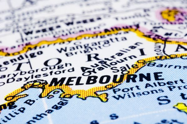 Melbourne Like a Local:  packing and travel tips - #herpackinglist