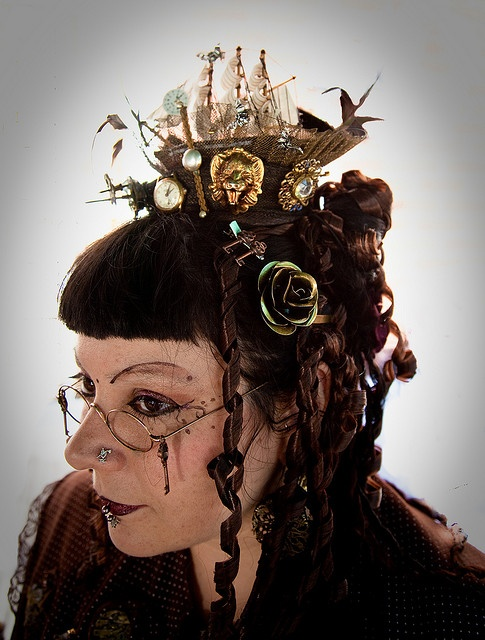 steam punk hair styles 98 best images about hair with a steampunk flair on 6930 | 0b8201ad03e84c0e6676b40d220e35c0 steampunk makeup steampunk hat