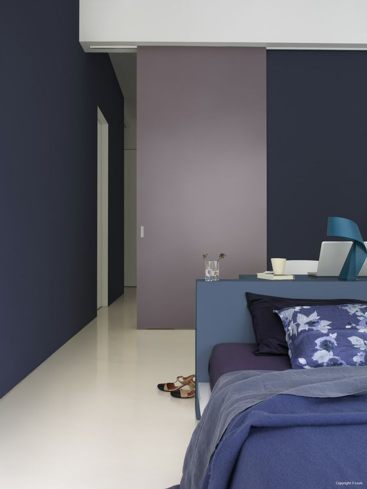 Levis Ambiance Mur Metallic colour Quartz in combination with Levis Ambiance Mur Extra Mat colour Kosmos/Cosmos