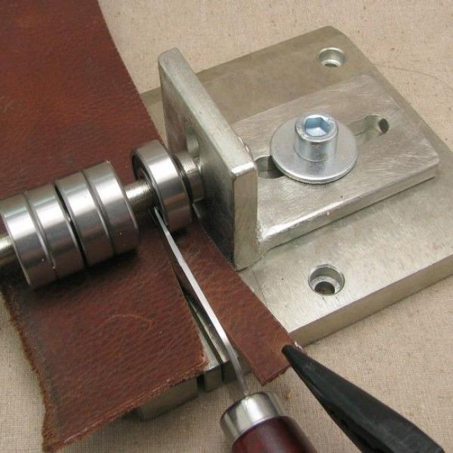 Leather Tools and Techniques on Pinterest | Leather Stamps ...