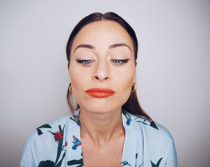 sommer makeup inspiration falske fregner tegn fregner sommertrends tips til makeuppen nellenoell.dk
