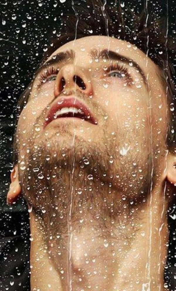 I wanna b the one hes with in the rain..