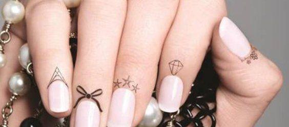 Cuticle Tattoo: i tatuaggi per cuticole sono la nuova moda in tema nail art