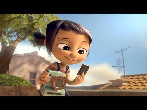 Derrière cet appareil photo cassé, une jolie leçon de vie pour cette fillette