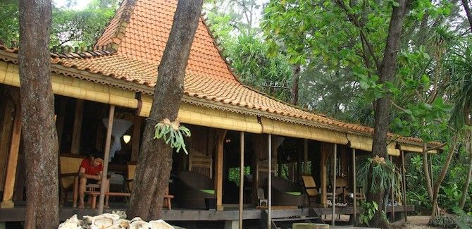 Joglo House - Isle East Indies