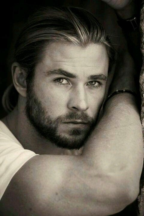 Chris Hemsworth - inspiration for Owen 'Sully' Sullivan in the Whiskey Creek Series (future hero of book 2 - Made for You)