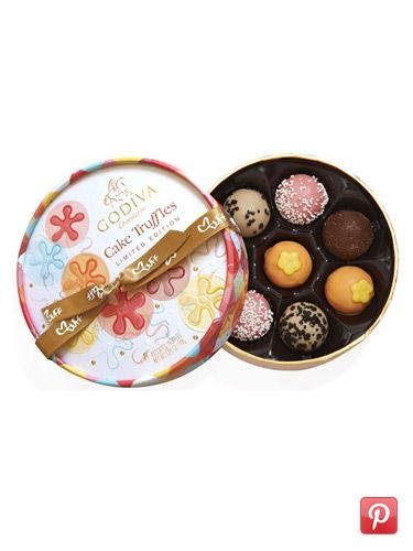 Perfect Presents for Girls - A Girls Wish-list - Seventeen: For The Love Of Chocolate <3   #17holiday