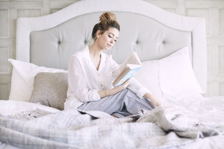 Zoella | The WHSmith & Zoella Book Club ( Zoe really has a pretty neck)