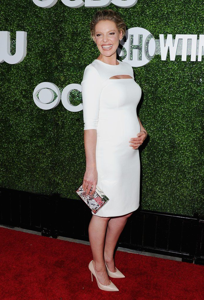 Katherine Heigl definitely has that pregnancy glow! Check out her maternity look here.