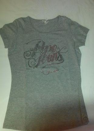 A vendre sur #vintedfrance ! http://www.vinted.fr/mode-femme/t-shirts/15749708-t-shirt-gris-pepe-jeans