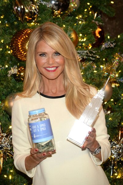 Christie Brinkley Photos: Christie Brinkley Visits The Empire State Building to Celebrate 'Give a Smile, Get a Smile' Launch