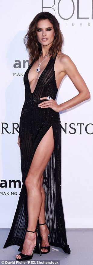 If you've got it... flaunt it! Alessandra Ambrosio broke the fashion rules and opted to sh...