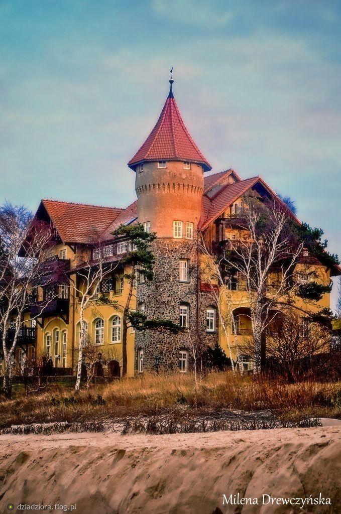 """Łeba - Pałac """"Zamek Neptun"""""""