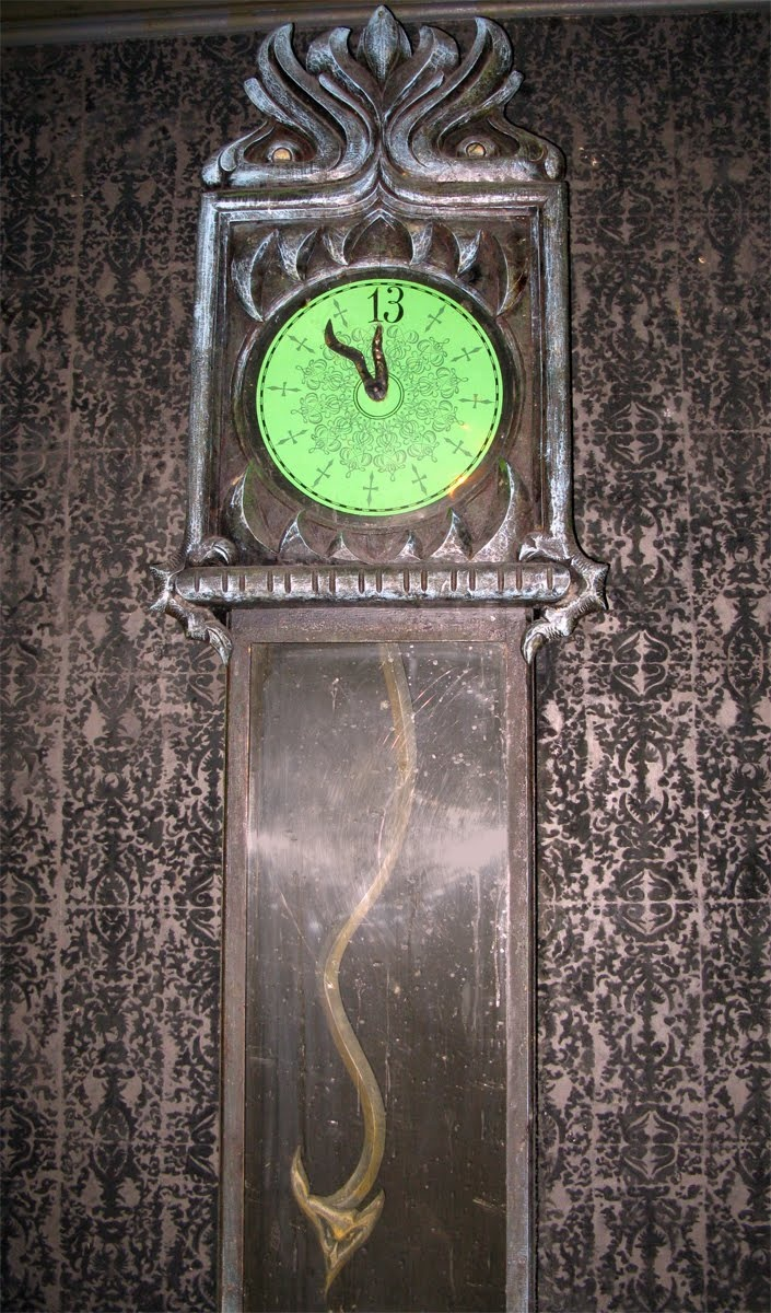 103 Best Images About Scary Clocks And Timepieces On Pinterest