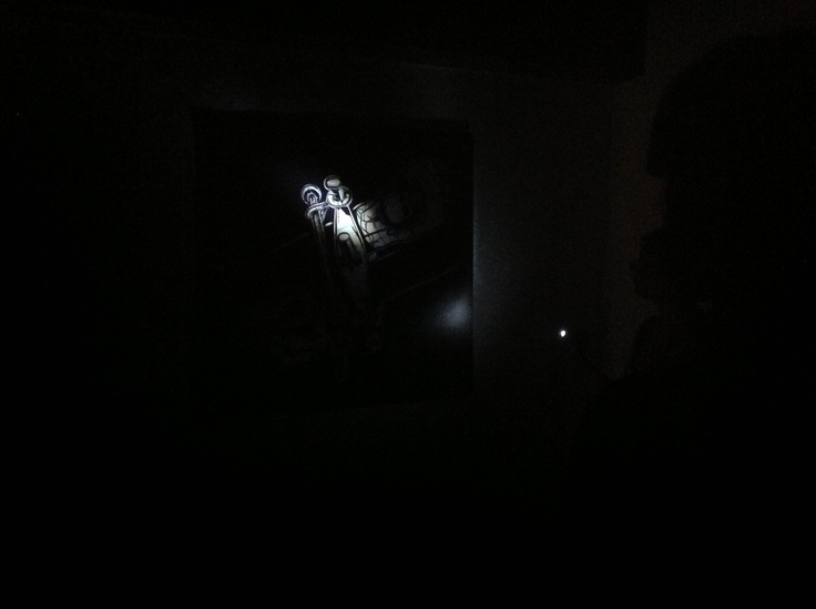 Crosses durante la lettura guidata al buio di oggi #ulcereneremacomer #macomer #casaattene #sardegna @Andrea / FICTILIS pes