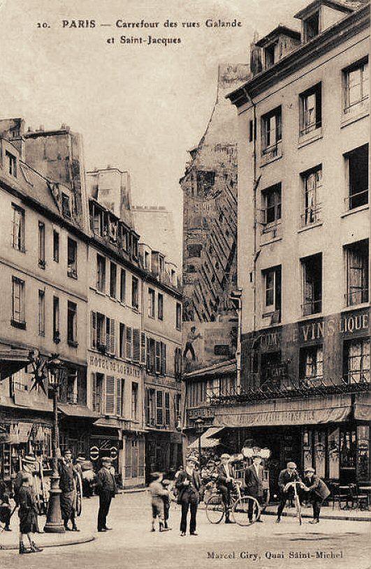 rue Galande - Paris 5ème Le carrefour de la rue Galande et de la rue Saint-Jacques vers 1900.