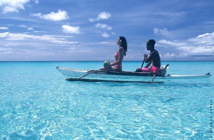 photos of philippines   Boracay Island Philippines 550x359 Boracay Island, Philippines