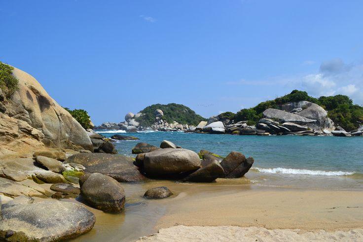 http://www.lacasadefelipe.com/wp-content/uploads/2014/09/Vista-desde-Rocas-Cabo-San-Juan-Parque-Tayrona.jpg