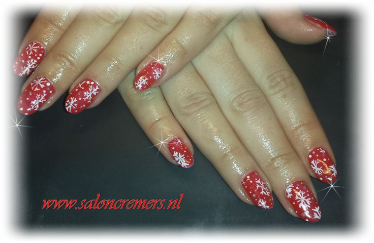 twinkeling stars red nails with white ice stars nail art christmas 2013