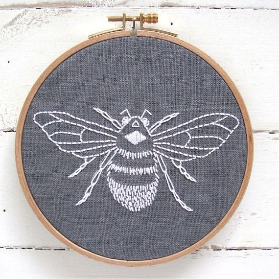 Bumblebee embroidery kit grey linen with white por iHeartStitchArt, $29.00