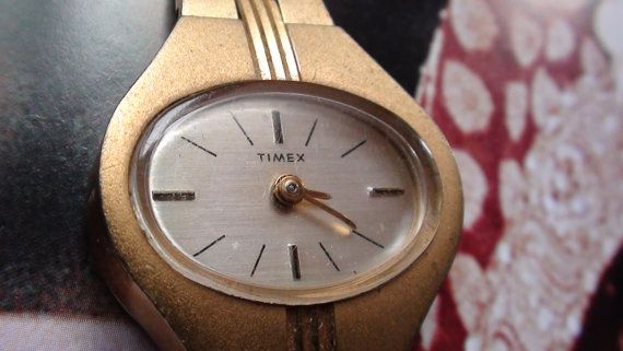 Timex Great Britain Made  Gold Plated Watch por VINTAGEARTJEWELRY, $38.00