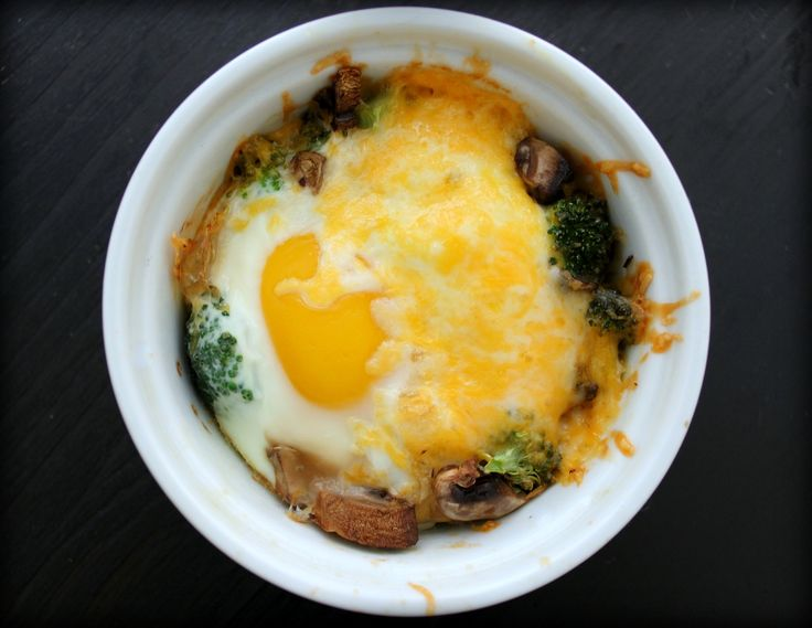 Baked Eggs w/Broccoli, Mushrooms & Cheese - great for Breakfast, Lunch ...
