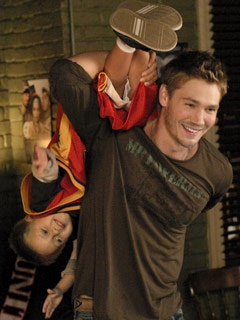 One Tree Hill - Lucas Scott (Chad Michael Murray) & Jamie Scott (Jackson Brundage)