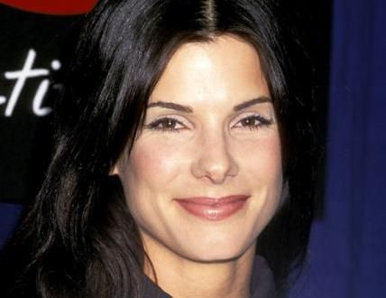 Sandra Bullock Biography Body Measurements Height Weight Bra Size and the details of actress age, shoe, waist, hip, along with body shape/type are provided.
