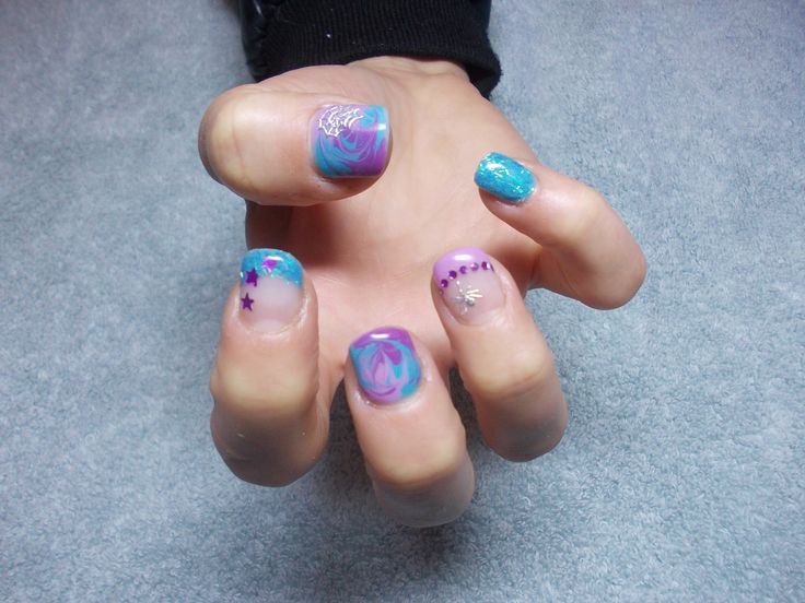 Testa Rossa Beauty, east rand nail technician, johannesburg technician, mobile technician, manicure, easy nail art, easy nails, salon nails, natural nails, nail design, nail art ideas, nails, nail art design, gel nails, acrylic nails, gel acrylic nails, short nails, long nails, cute nails, funky nails, fun nails, summer nails, purple nails, blue nails, gem art, hand art, glitter french