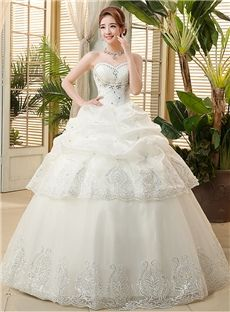 Sequins Sleeveless Ball Gown Sweetheart Natural Classic & Timeless Pearls Tiered Wedding Dress