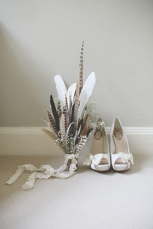 Feathers!!! Relaxed Feather Wedding Feather Bouquet http://www.clearphotography.co.uk/ Image source