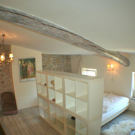 Familiekamer: Domaine les Agnelles heeft een familiekamer met grote zit-slaapkamer, een badkamer met bad, inloopdouche, dubbele wasbak en toilet en een aparte slaapkamer voor de kinderen, vrienden of andere familieleden.