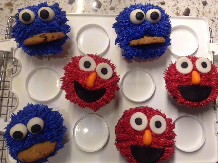 Monster cookie and Elmo cupcakes