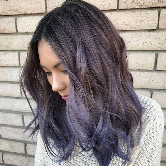 cabello puntas moradas