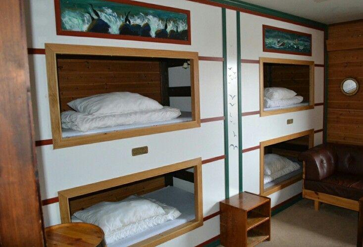 Christineborg lugar bed. Runde bird and treasure island # Norway