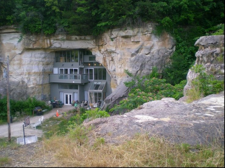 Cave House, Festus, Missouri | 27 Absolutely Stunning Underground Homes