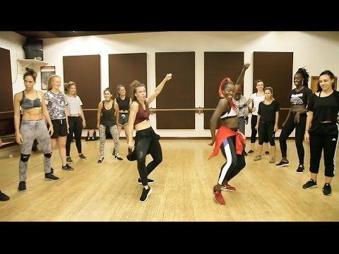 Chorégraphie sur Shake Body de Skales par Swagga Dance :) Enjoy ! N'hésitez pas à partager les amis et donnez nous vos avis