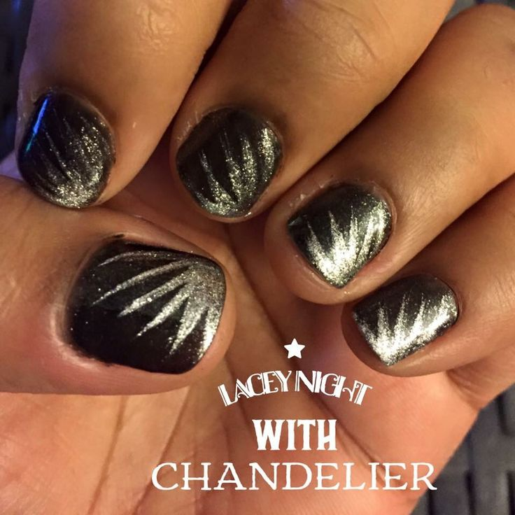 Love this elegant manicure. Done by one of my incredible ...