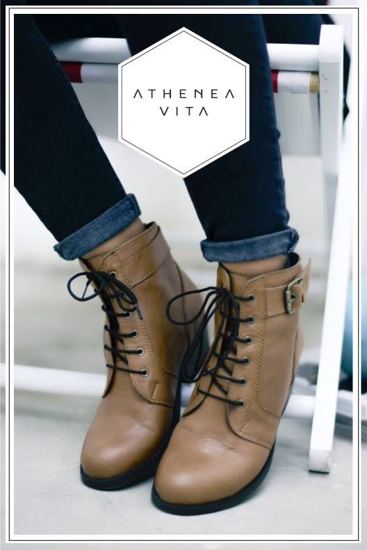 Nessa caramel leather shoes by Athenea Vita #atheneavita #shoes #handmade #chile #fashion