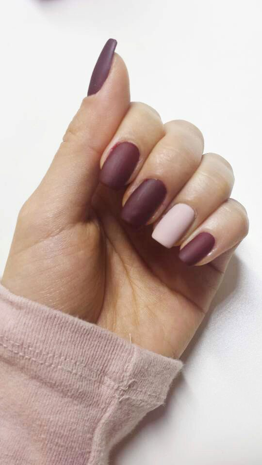 Burgundy is one of my favorite color and it goes well with the weather in San Francisco. Matte-coat gives you a refined finish.