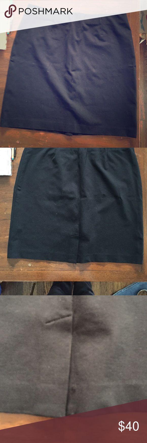 Jjill xl blank stretchy pencil skirt w back slit J.Jill xl blank stretchy pencil skirt w back slit. Elastic wide flattering waist line never worn! J. Jill Skirts Pencil