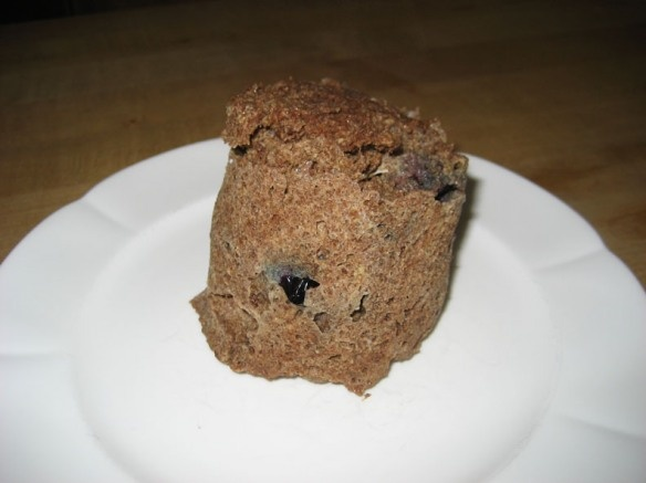 Morning Blueberry Muffin in aMug. Low calorie, low carb, flourless, sugar free. Guilt-free to the extreme and it is all made in one mug. It is tastier than it looks....