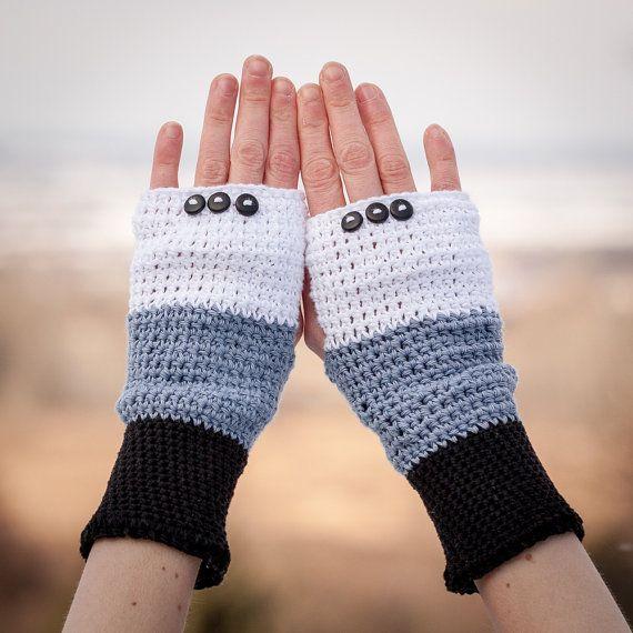 Black White Grey Fingerless Gloves / 100% Cotton by RUKAMIshop