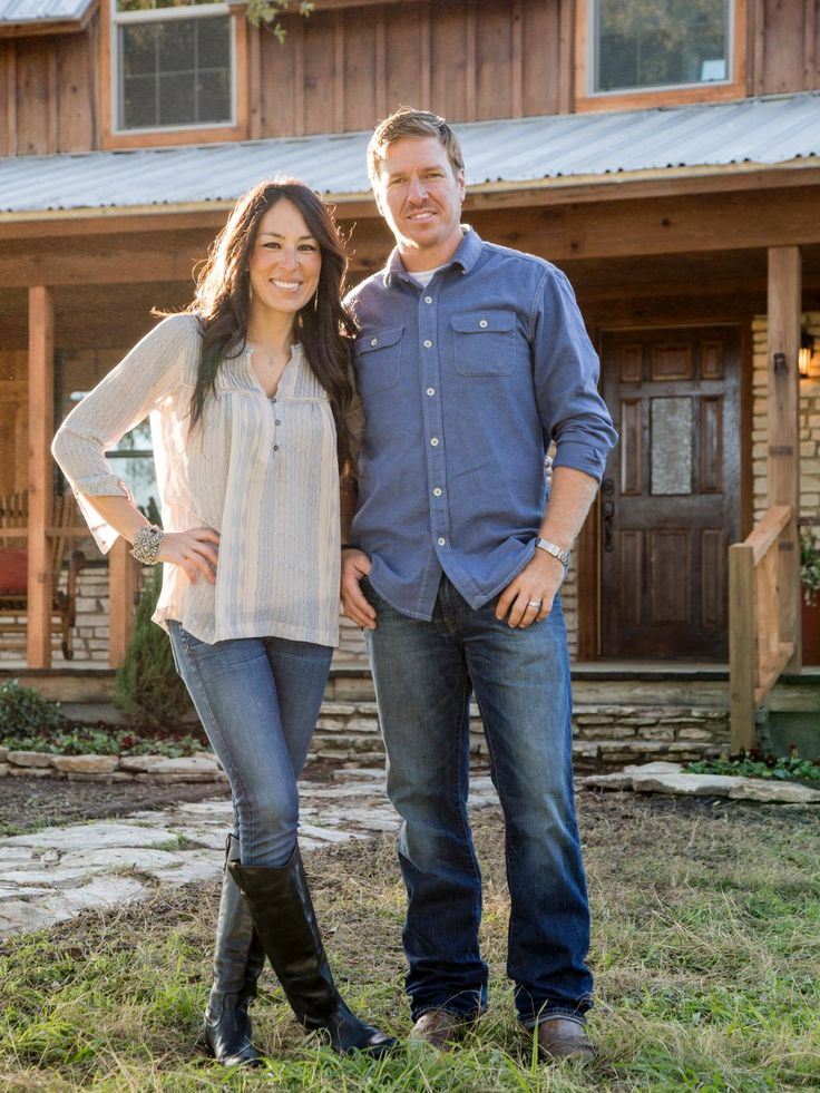 Joanna and Chip Gaines - on HGTV's show Fixer Upper. Description from pinterest.com. I searched for this on bing.com/images