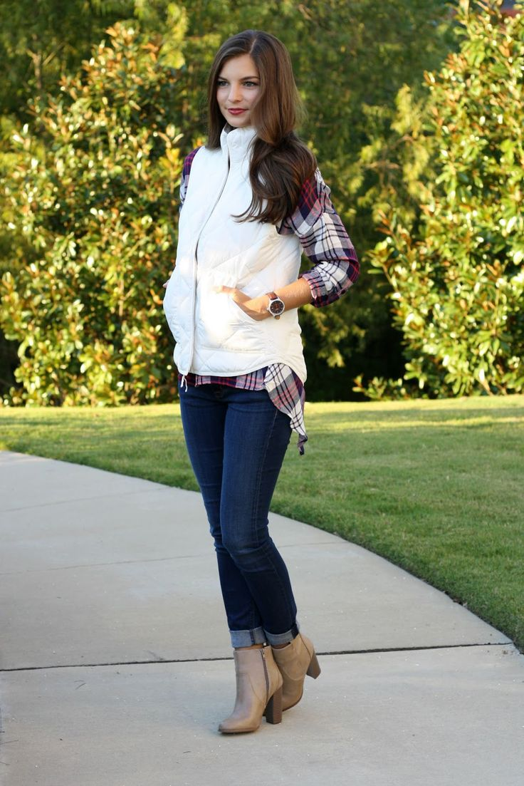 White puffer vest and plaid shirt. Fall outfit inspiration.